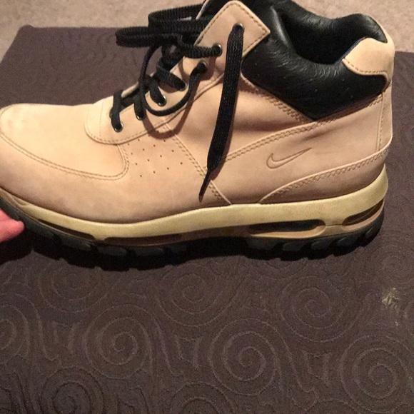 innovative design f4a3e dc453 Mens Nike Air Max Goadome Boots. M5aab0bee2ab8c56948fb63d8